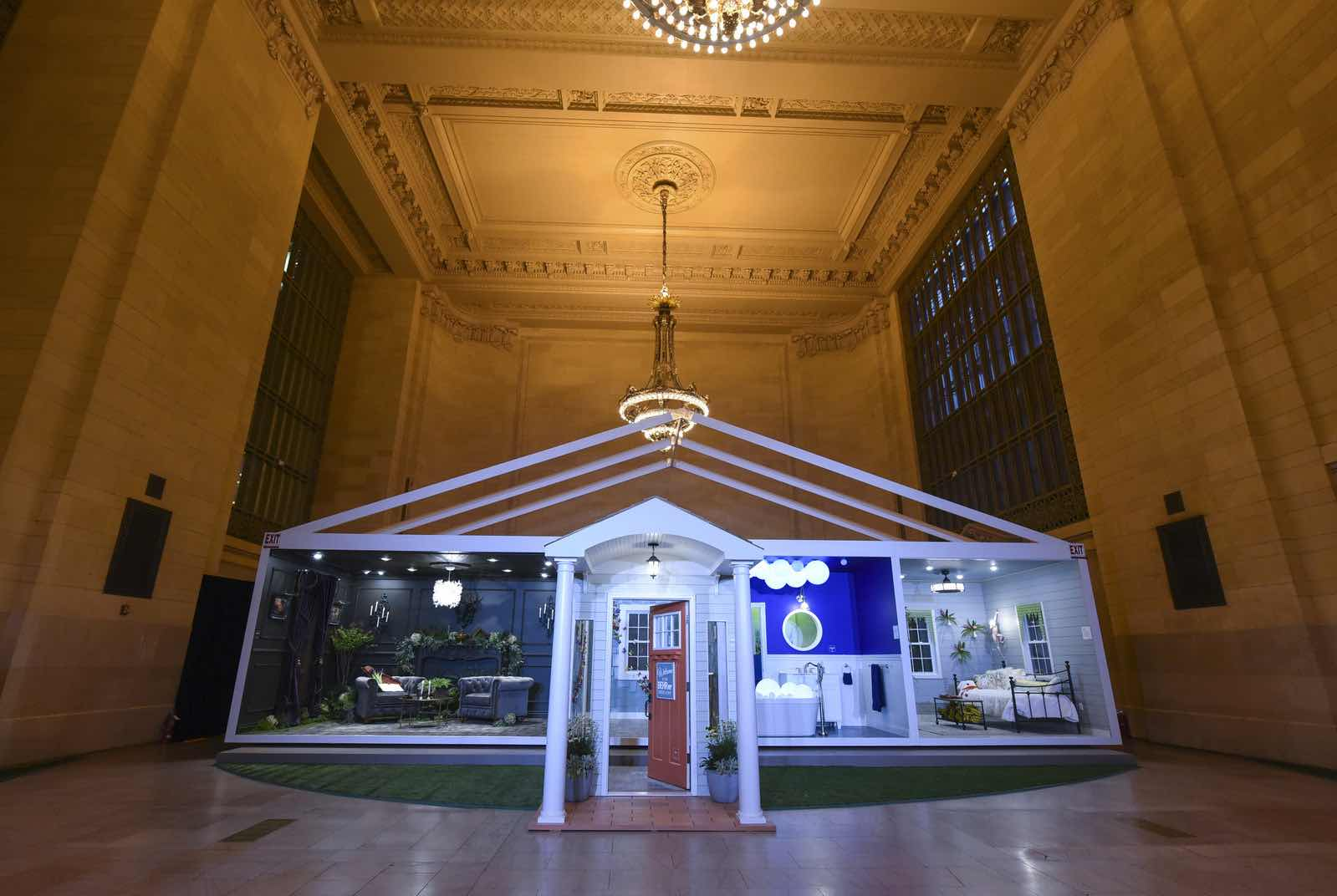 behr paint vr product popup grand central station nyc