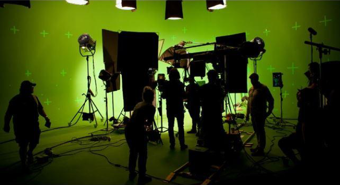 Silent Set – Members of the Cream Productions crew set up their gear and walk through the shooting segments for the VR Hulu series, 'Curious Minds.' The series earned them the Gold VR/360-360 Video Award at this year's W3 Awards.